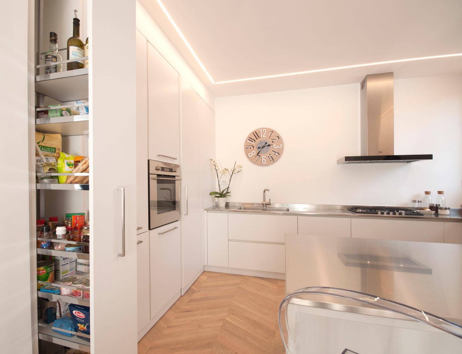 Cucina Artigianale Moderna.Cucine In Legno Su Misura A Brescia Falegnameria Maestri