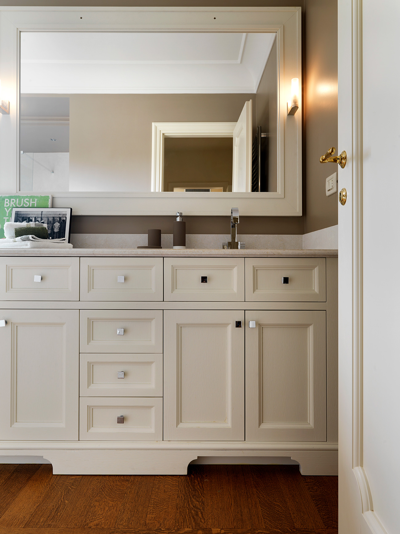 Mobili bagno classico moderno gallery of arredo bagno mobili bagno per la tua casa ideagroup - Mobili per bagno classici prezzi ...